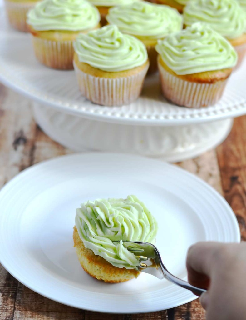 key-lime-cupcakes-fork